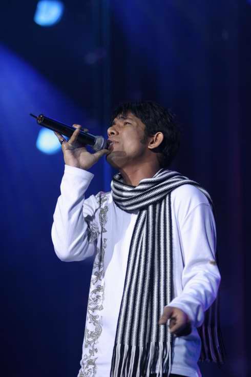 图文:2005年复赛选手―孟加拉的山