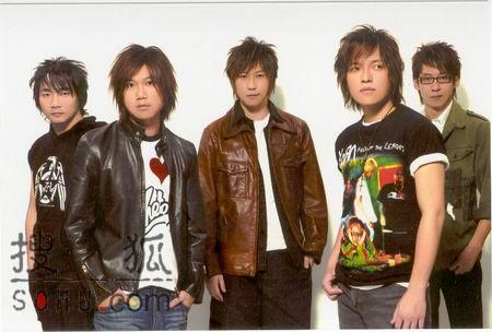"""组图:第五张五月天专辑遭遇""""台风""""如期发行"""