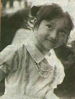 周迅/组图:小时候就有明星像周迅童年照片大曝光
