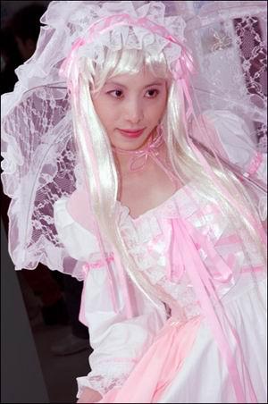 广州美眉展最美的COSPLAY美女动漫黄卓群图片