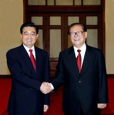 两会前瞻:国家军委主席新老交接 立法反分裂
