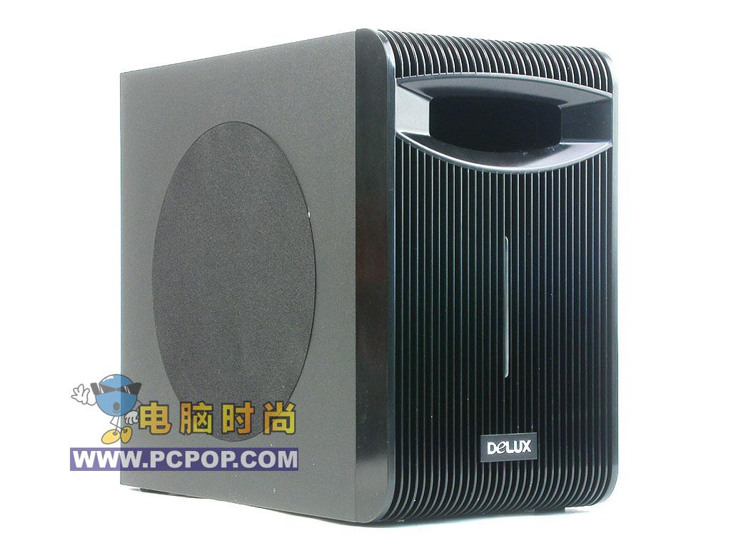 第14页:入门级欣赏 - 高贵典雅的多彩DLS-2138 260元  多彩 DLS-2138的外观以灰黑色为主,整体给人感觉刚健有力,又不失高雅尊贵。输出功率为20W,显得略小。全防磁设计可以让用户随意摆放。   卫星音箱是分频设计,采用3寸纸盆泡边中音单元,中音更为清晰流畅,每个卫星音箱功率为8W, 尺寸为120mm105mm170mm。通道采用ST公司的,TDA2030A做成标准OCL电络,中高频率响应好,并使得电路噪声降到最小。   低音炮采用MDF优质中密度木质结构,有效杜绝谐振和箱声。使用