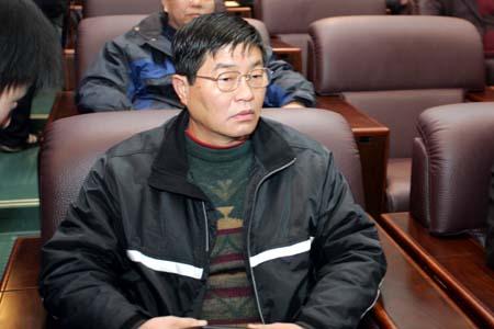 图文:中超委员会第二次会议 杨祖武在会议中