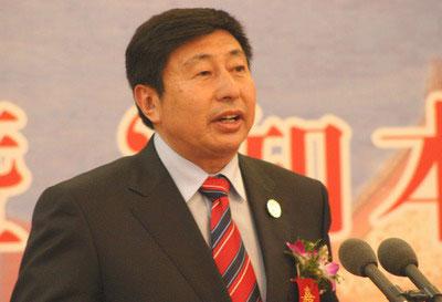青岛港集团有限公司董事局主席兼总裁常德传演
