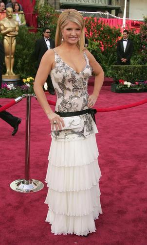 女星戴娜-戴文踏上红地毯