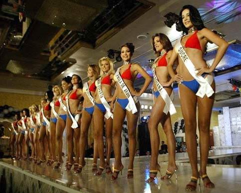 委内瑞拉批量制造美女图