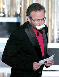 """美国影迷谴责奥斯卡""""乏味""""主持人风格受质疑"""