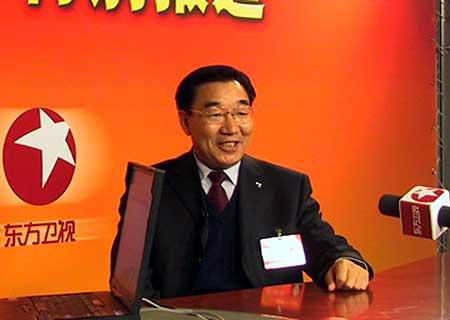 两会访谈嘉宾:新疆生产建设兵团司令员张庆黎