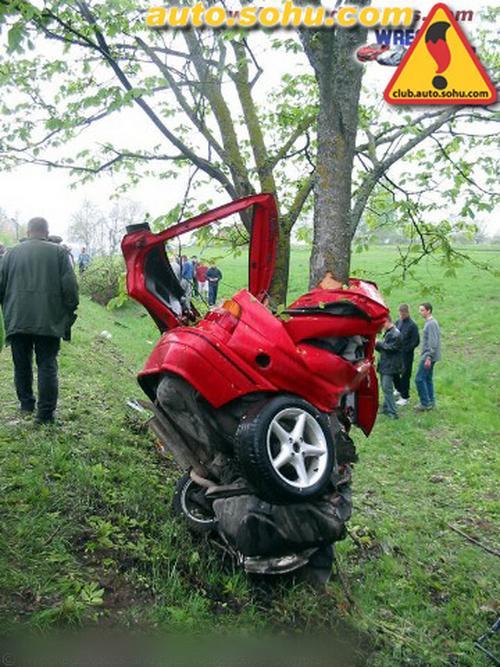 汽车事故图片