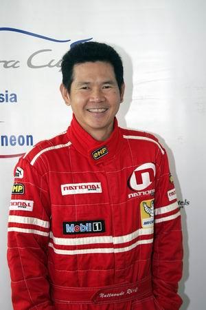 图文:泰国车手拿达活