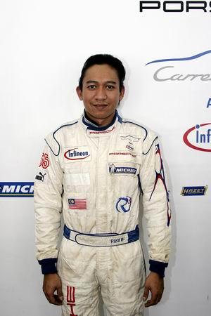 图文:马来西亚车手兰历