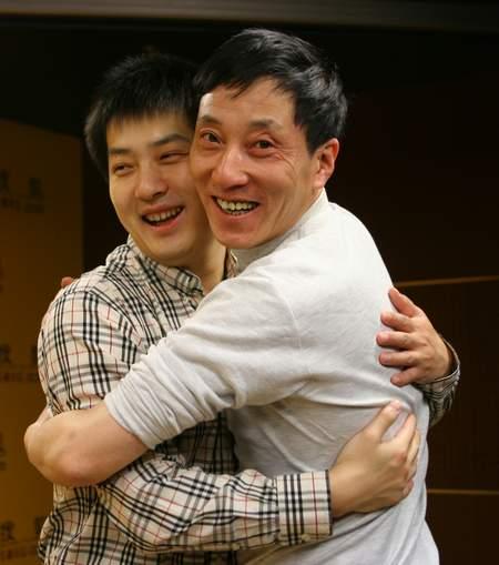 图文:常昊做客搜狐聊天 老友见面分外亲切