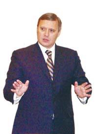 四人为政府工作一个当普京对头俄前总理大都还在政坛(组图)