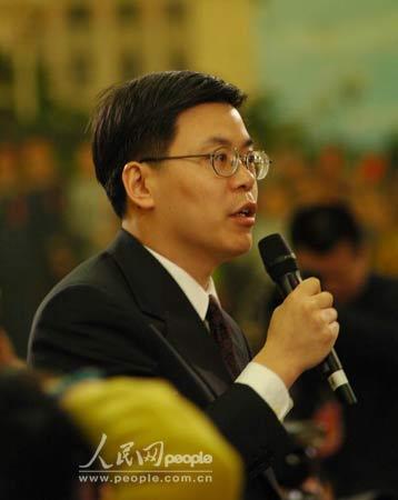 图文:国务院总理温家宝答记者问