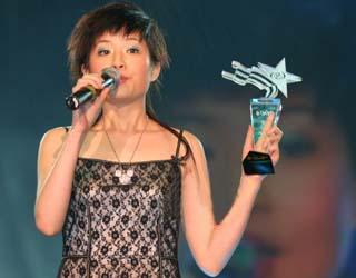 独家爆料网络歌手香香成长故事 五年母女大战