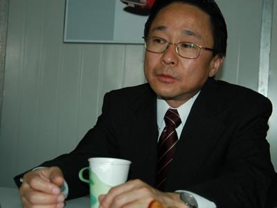 搜狐专访:第12代皇冠总设计师--下村修之
