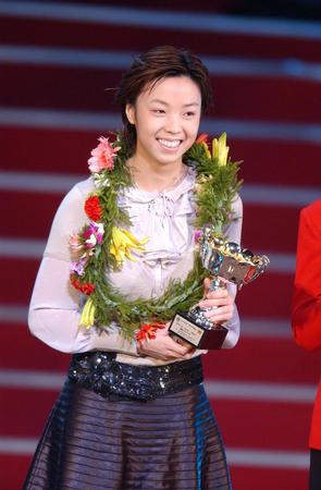 """图文:2004""""世界十佳""""颁奖"""
