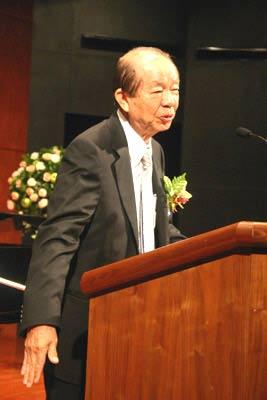 许文龙发表一中感言震撼台湾 连战赞赏其有勇气