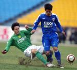 图文:北京4-0申花 北京现代队球员杨昊