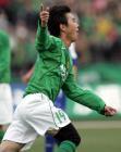 图文:北京4-0申花 北京现代队杨昊