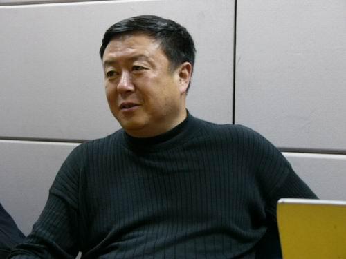 图文:11月13日著名导演尤小刚做客搜狐-23