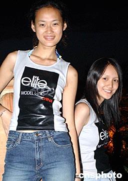 上海姑娘突尼斯参加模特大赛