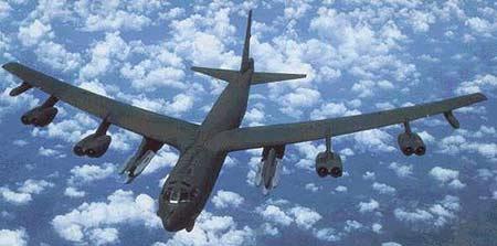 b—52是美国波音飞机公司为美国空军研制的亚音速远程战略轰炸机.