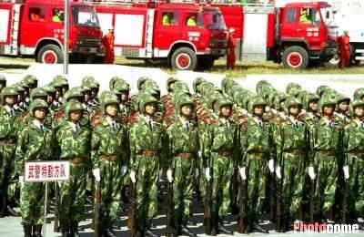 北京今演练反恐怖 模拟驻华使馆遭受袭击(组图