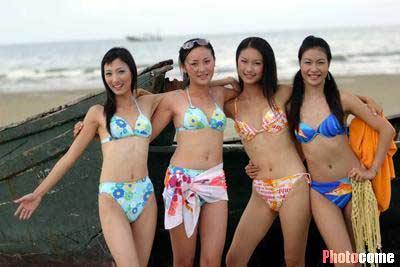 cctv模特大赛南宁赛区(广东,广西,云南)百名入围佳丽进行外景泳装拍摄
