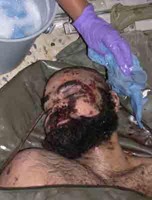 伊拉克美军24日在巴格达公布了萨达姆两个儿子乌代和库赛尸体的照片.
