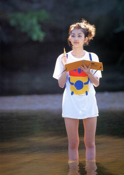 妹妹大胆人体艺术照片_图文:日本著名人气偶像小泽真珠-22