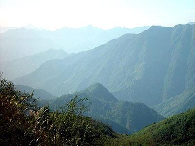 巴中风景  热点推荐 合作伙伴   大图欣赏 图片名: 大巴山南麓 上传