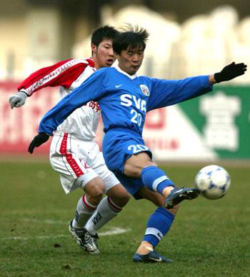 2002年11月24日,2002年全国足球甲a联赛第29轮,青岛颐中海牛队在