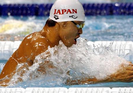 北岛康介打破男子100米蛙泳世界纪录(图文)