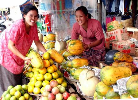 图文:中国水果畅销缅甸北部边境城市
