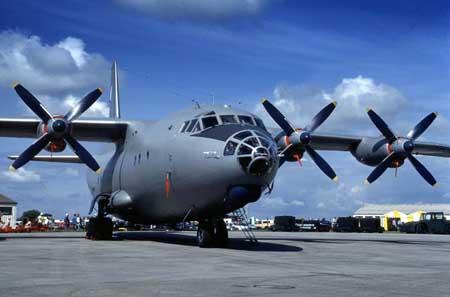 相关资料:安东诺夫-12飞机(图)