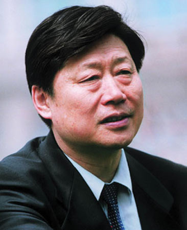 嘉宾:海尔集团首席执行官张瑞敏简介