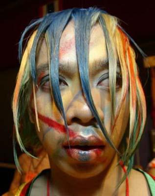组图:亚洲发型大赛在菲举行 另类发型令人瞠目