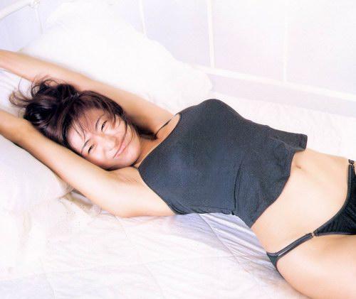 日本姓感特级美女日本性感美女三濑真美子美女三点式