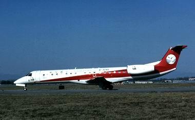 四川航空的erj-145飞机