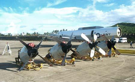 外交部发言人:美国侦察机拆�工作进展顺利(图)