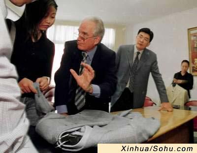 服装:中国外国迎接1WTO专家图文向温州美蛙鱼头设计师图片