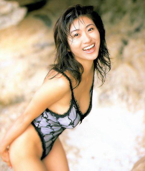 图片 日本性感美女三濑真美子三点式写真 33图片