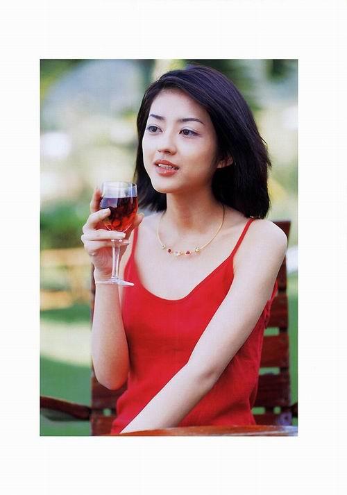 人体之妹妹人体_图文:日本著名人气偶像小泽真珠-6